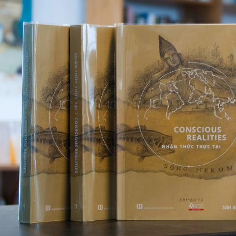 Conscious Realities Reader, Book 1, co-published by San Art and Hoa Sen University Press, 2016-2017