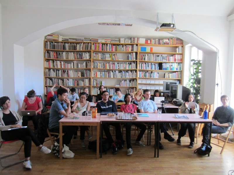 The presentations of curatorial practices in the context of Southeast Asia in Ljubljana, SCCA Project Room (Photo credit SCCA-Ljubljana archive