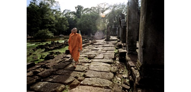 Singapore | Sharie Saleh | Cambodian Monks Walk
