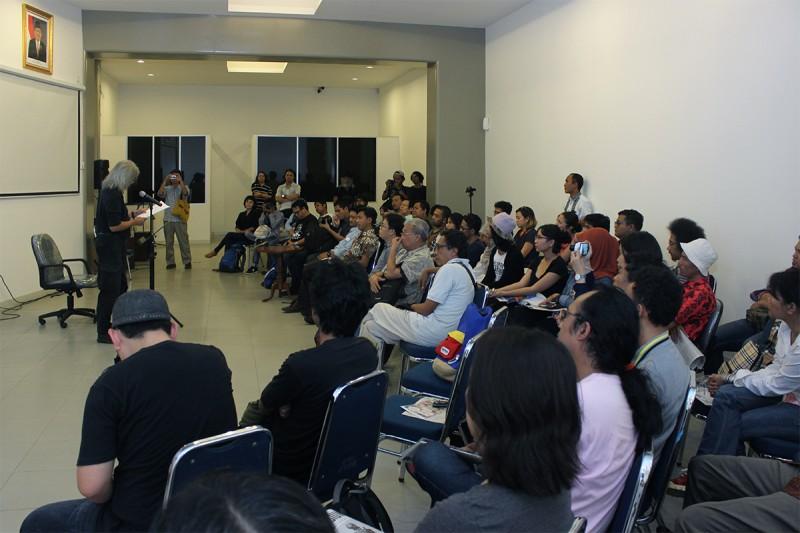 A Keynote speech from Seno Gumira Ajidarma at the program Symposium