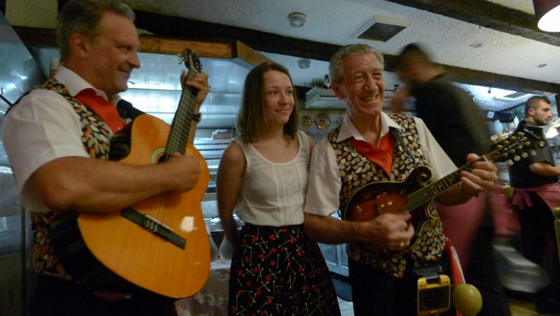 Young cultural leader from Russia with local Maltese folk singers at the GCLTP